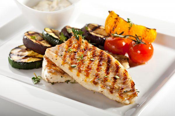 Ryby a saláty v metabolic balance® - grilovaná ryba s grilovanou zeleninou