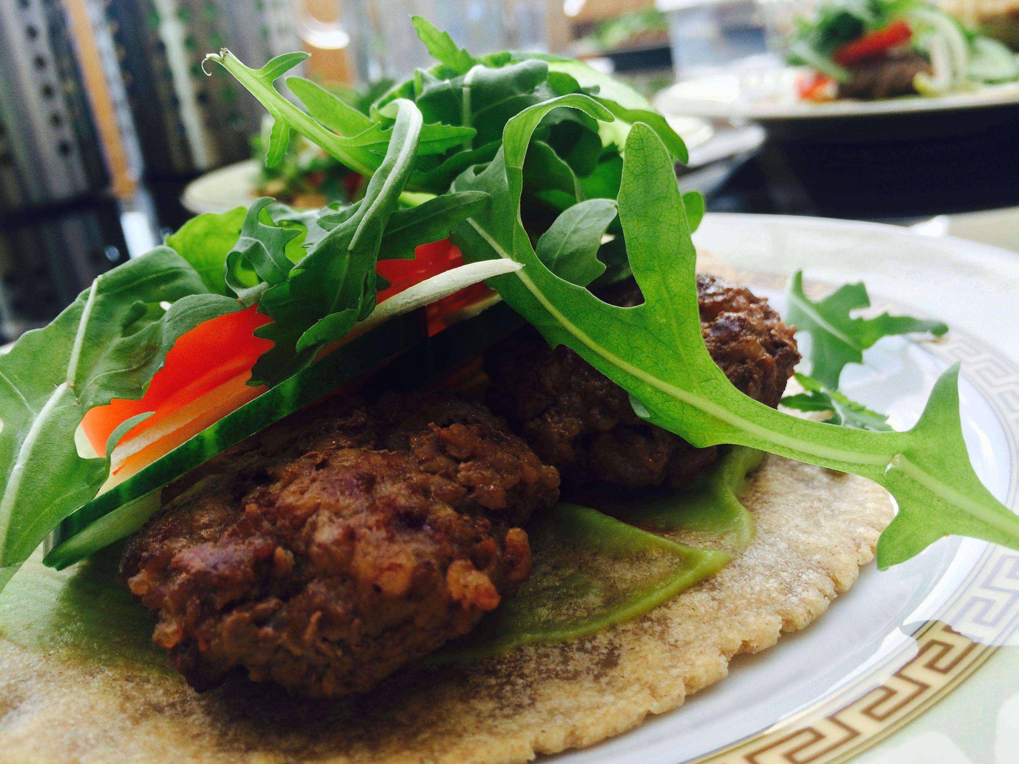 Hamburger na žitné tortille se salátem | recepty podle metabolic balance®