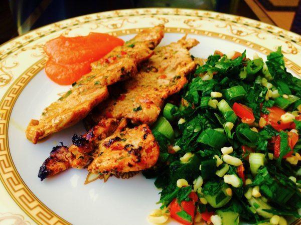Řecké souvlaki se salátem | recepty podle metabolic balance®