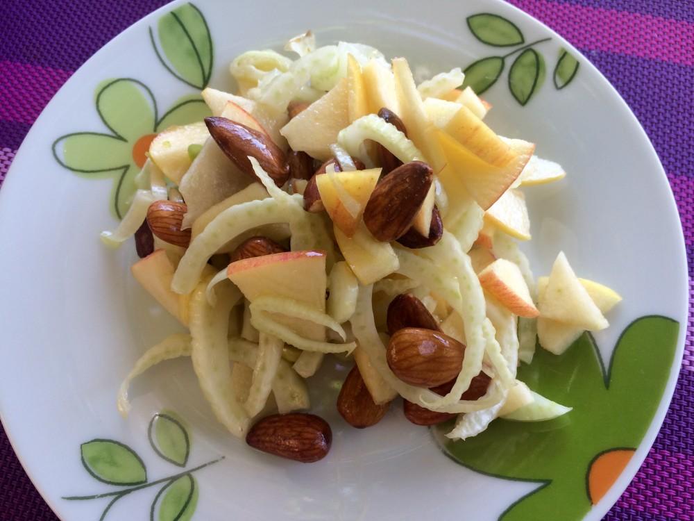 Metabolic balance® fenyklový salát a mandeláda