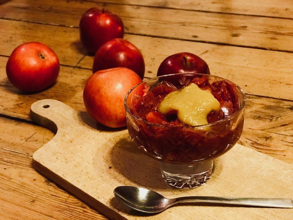 Jablečný dezert s malinami a jablečným pyré - bez cukru - recepty pro Metabolic Balance
