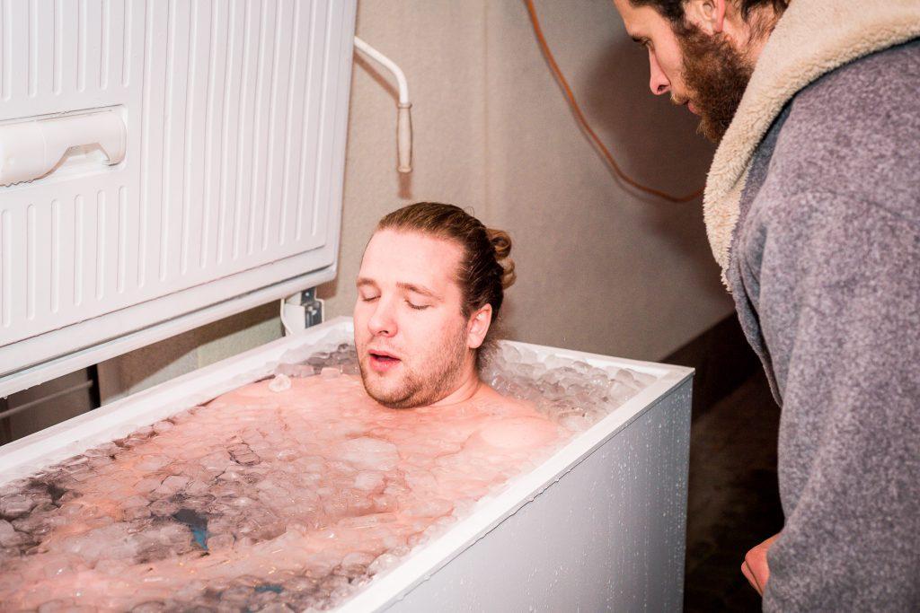 Ledové koupele mohou pomoci při redukci hmotnosti
