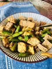 Tempeh se zelenými fazolkami a Tamari omáčkou - program Metabolic Balance