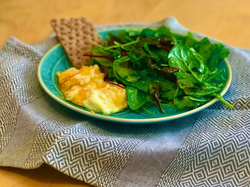 Vajíčka se špenátovým salátem - recepty Metabolic Balance