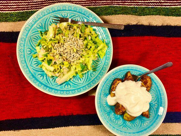 Hruška s vanilkovou omáčkou z mandlí a salát s opraženými sluneč. semínky. Program metabolic balance - recepty pro zdravý metabolizmus, hubnutí a extra energii.