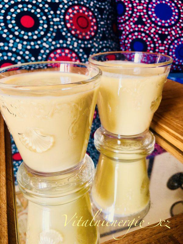 Mandlové mléko s mangem - snídaně metabolic balance