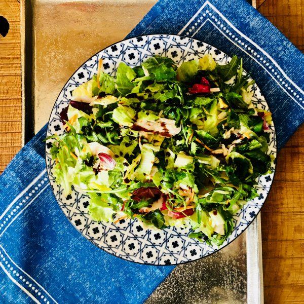 Barevný salát s kuřecími kousky - recepty metabolic balance